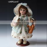 Classic design of the country period style porcelain doll home decoration china wholesale
