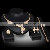 Fashion African beads jewelry set Gold Plated Wedding Bridal Jewelry Sets for Women Crystal Rhinestone Chain Necklace Party Gift