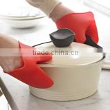 wholesale FDA heat insulating silicone rubber oven mitts