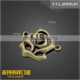 The production of zinc alloy hollow bronze HD9336-990 wholesale rose connector jewelry sample processing