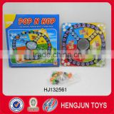 EN71 hot selling plastic POP N HOP chess games children's toy (2-4 players)