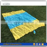 Compact Folding Wholesale Outdoor Rug Beach Blanket