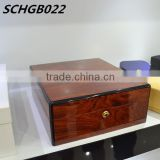Fine high gloss wooden jewellery box