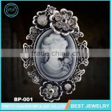 Fashionable Jewelry Noble Classic Cameo Crystal Vintage Brooch