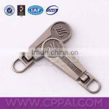 Shake zinc alloy zipper pullers for backpack and garment