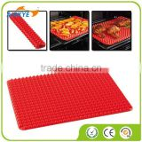 Pyramid Pan Silicone Baking Mat red color
