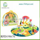 Wholesale play mat carpet with rattle toys baby crawling carpet