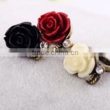 Hot-selling Fashion Lady Vintage Bronze Crystal Black Rose Flower Branch Finger Ring