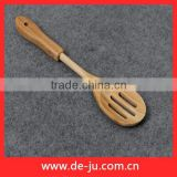 China Blend Hollow Oval Slotted Soup Spoon Bamboo Ladle Spoon Charms