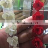 New arrival 1.5cm ivory sequins beaded flower sew on lace ribborn