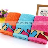 Wholesale custom heart -pattern gift 100% cotton terry towel