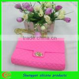 fashion pochi silicone girls purse bag with long chain strap design 2013
