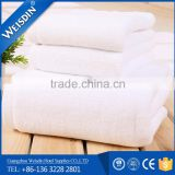 Customized logo and size 100% cotton gold bath towels for hotel/salon / beauty shop in Guangzhou