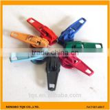 Hot Sale 3# Nylon Slider Key Lock Zipper Pin Lock Slider
