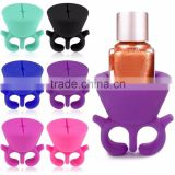 Silicone Nail Art Polish Holder Manicure Finger Wearable Varnish Bottle Stand