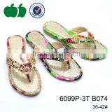 Lady fashion outdoor flip flop new bead decoration flip flop bulk plastic flip flops