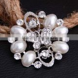 Whosale Oval Pearl Flower Mini Crystal Bowknot Silver Clothses Brooch Clasp Pins
