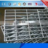 Factory Cheap Price Decorative Metal Grating Plain bar / Serrated bar / I-shape Hot Dipped Galvanized 25x5 Grating Manufacturer