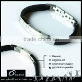 Custom silicone bracelet with stainless steel metal plate with metal clasp