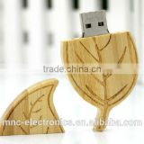 Creative new design custom laser engraving branded logo 8GB, 16GB wooden leaf shape usb flash drive pen stick                                                                                                         Supplier's Choice