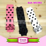 2016 Wholesale apparel hosiery black white polka dots pattern flower classic fashion baby boy legs leg warmers knitting pattern