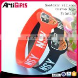 Low price china personalized silicone wristbands