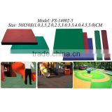 Strong elastic-resilience rubber floor mat for playground