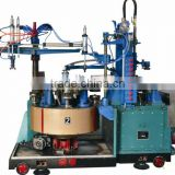 Automatic glass bottle forming machine