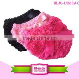 Wholesale Lovely Baby rose Bloomers With Ruffles Diaper Cover Kids Clothes In China with bowknot