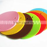 FDA food grade high temperate heat resistant round 18cm cooking wholesale silicone trivet for hot pot pan