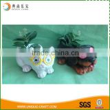 resin material cheap garden flower planter with solar light