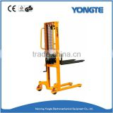 2 ton Hand Hydraulic Pump Forklift Container Manual Stacker
