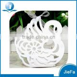 2015 New Design of White Swan Wedding Gift Box