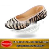 2015 old Beijing cloth shoes women's shoes, black and white stripes shallow mouth flat low shallow bright gold piece flat shoes