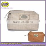 European Quality OEM Customized Professional Fashion Travel Cosmetic Bag