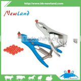 NL1014 Veterinary artificial insemination instrument of castrating band applicator