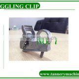 nylon toggle to clamp leather in toggling machine