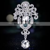 wholsale fashion silver gold crystal rhinestone diamond pearl camera bouquet for wedding invitations brooch