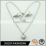 Fashion classic circle alloy inlay crystal stone and one pearl pendant necklace and earring stud jewelry set