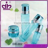 Skin care glass bottle cosmetic packaging set in bulk