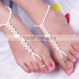 Lastest summer pearl anklet 2016 handmade pearl beads foot jewelry all match style anklet with toe ring