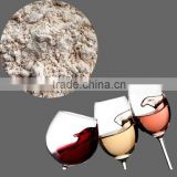 Diatomaceous earth for wine