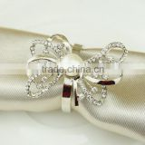 Alloy cheap napkin ring for wedding decoration bulk wholesale silver crystal pearl customize