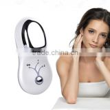 Portable hand held deduce fine lines muscle vibrator