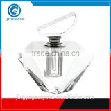Jingyage unique top quality lady perfume bottle diamond cut crystal perfume bottles decorative crystal perfume bottle