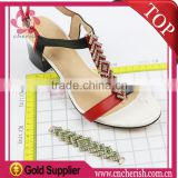 Wholesale fashion lady flip flops embellishment with rhinestones crystal for shoes decorative