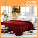 2014 hot super soft solid color flannel fleece carving blanket for dubai