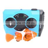 2016 Popular mini swimming clown fish toy with battery