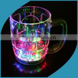 Factory supply plastic beer glass with flashing light and customized logo led projector beer plastic cup