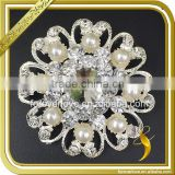 Vintage rhinestone and pearl brooches flower women rhinestone pins and brooches wholesale FB-071